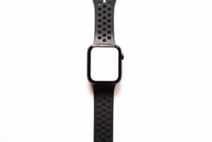 AppleWatch Series4(GPSモデル)で懐中電灯モードにしている画像