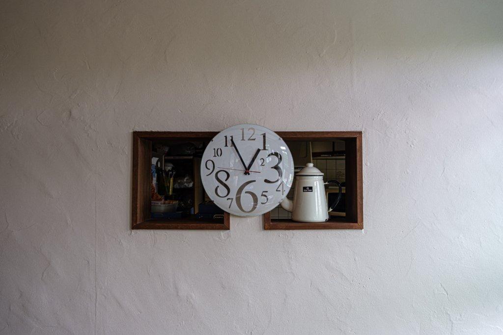 富士フィルム(FUJIFILM)のXT-30で撮影した北野坂のカフェの中の写真
