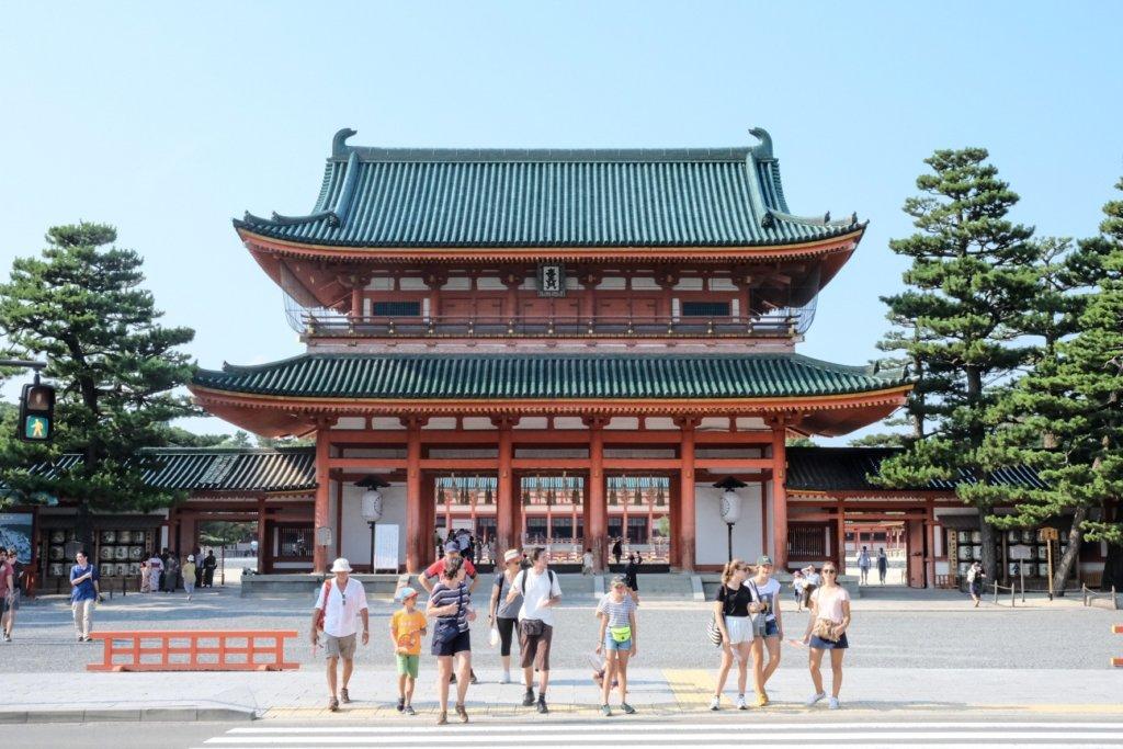 富士フィルム(FUJIFILM)のXT-30で撮影した平安神宮の写真