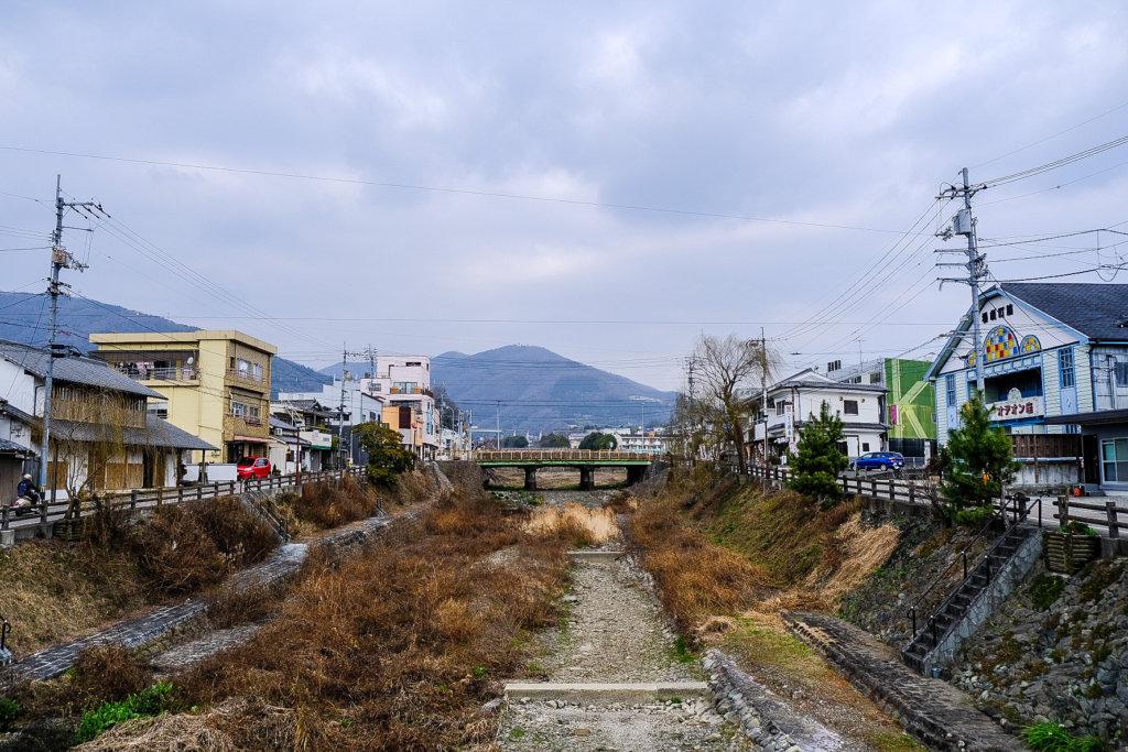徳島県美馬市脇町大字脇町の「うだつの街並み」を外れたところ