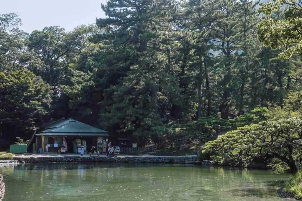 香川県高松市の栗林公園の吹上亭の写真