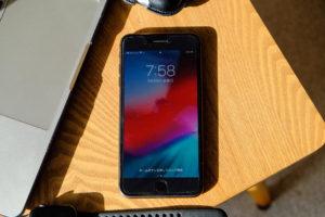 iPhone 8 Plusのディスプレイの画像