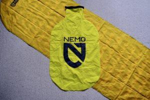 NEMOのTENSOR MEDIUM MUMMYに付属されている空気入れ袋